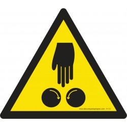 W153 - Attention à vos mains