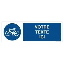 R005 - Piste obligatoire pour les cycles + Texte