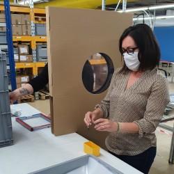 Séparateur vertical avec hublot PVC transparent H. 1900 x L.750 mm - lot de 10