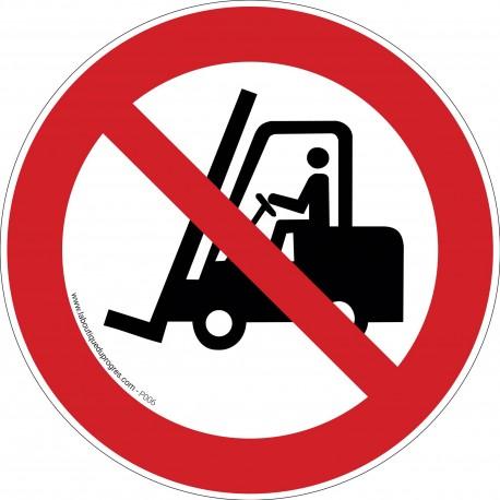 Pictogramme Interdit aux véhicules industriels P006