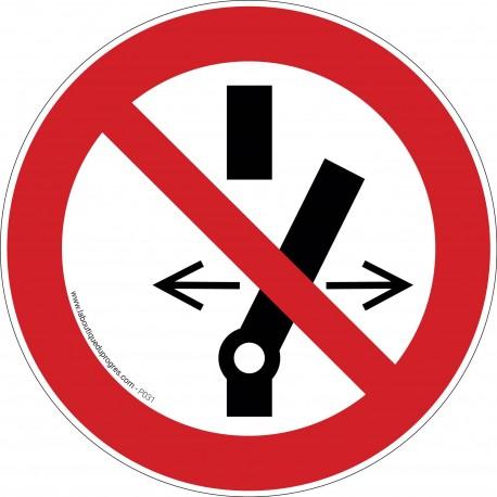 Pictogramme Interdiction de modifier l'interrupteur P031